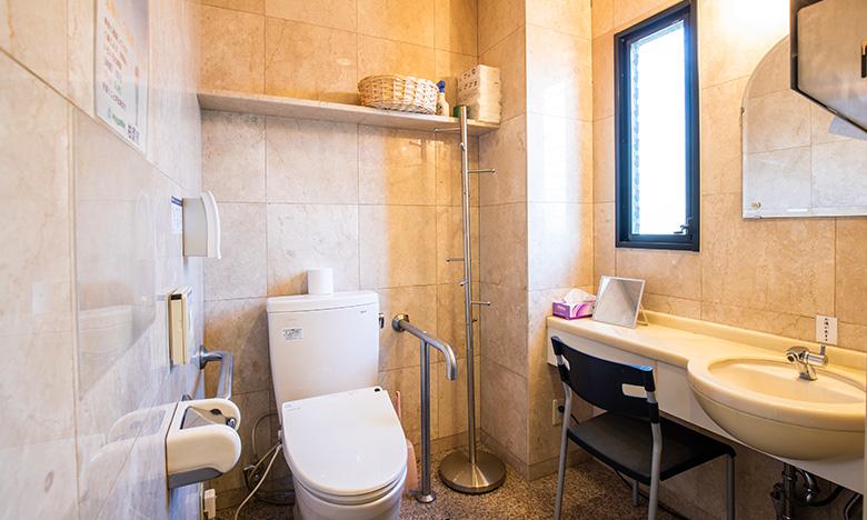 清潔感ある洗⾯所