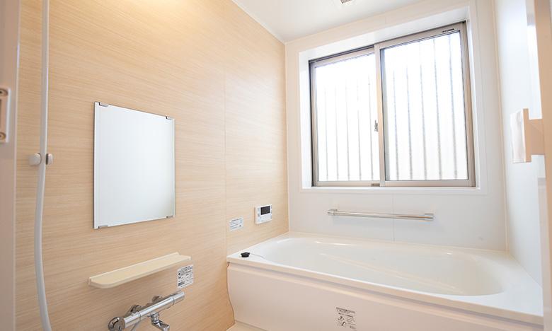 清潔感ある浴室