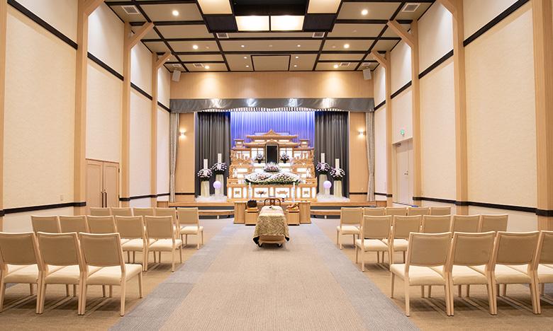 ⼀般葬にも対応可能なホール